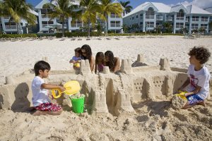 family-vacations-01